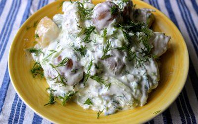 Újburgonya saláta tzatzikivel