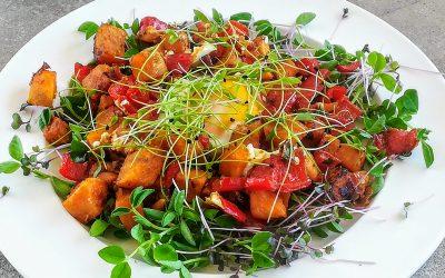 Meleg édesburgonya saláta