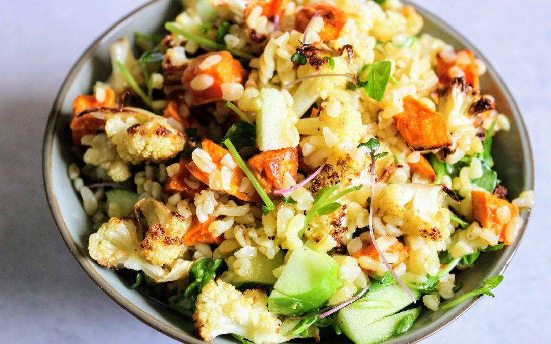 Sült karfiol saláta édesburgonyával citromos öntettel