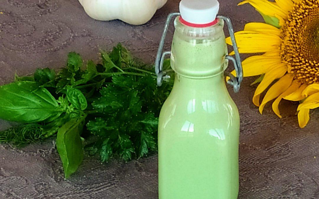 Krémes zöldfűszeres salátaöntet